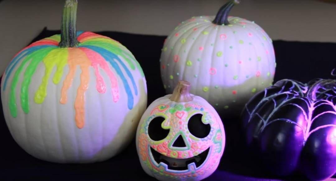 Diy Glow In The Dark Pumpkins Pumpkin Decorating Glow Paint
