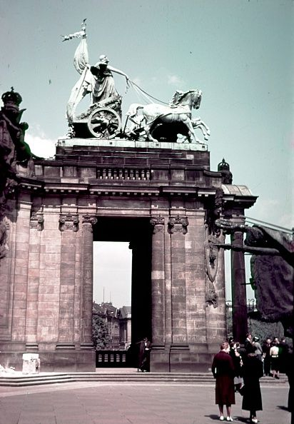 1938 Am Kaisersdenkmal Alemania Y Historia
