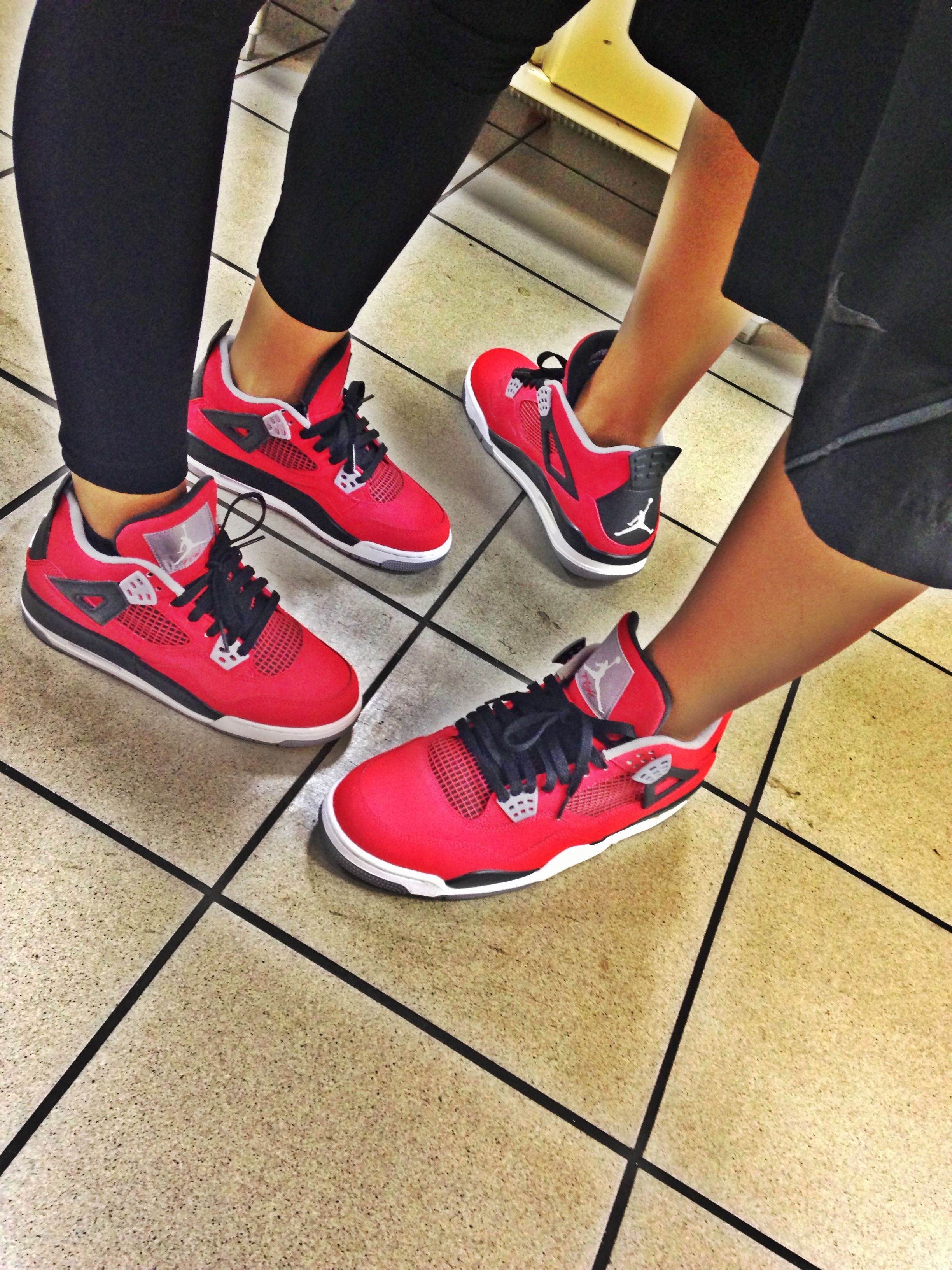 cute relationship pictures with matching jordans couple