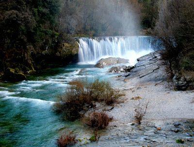 Ici présent: Cascades des Gorges de la Vis (HDR)