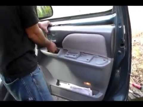How To Install A Door Handle On A Toyota Sienna 2001 Front Door Also 98 2003 Toyota Sienna Toyota Door Handles