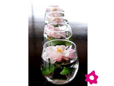 Centros De Mesa Con Flores Sumergidas En Agua Proyectos