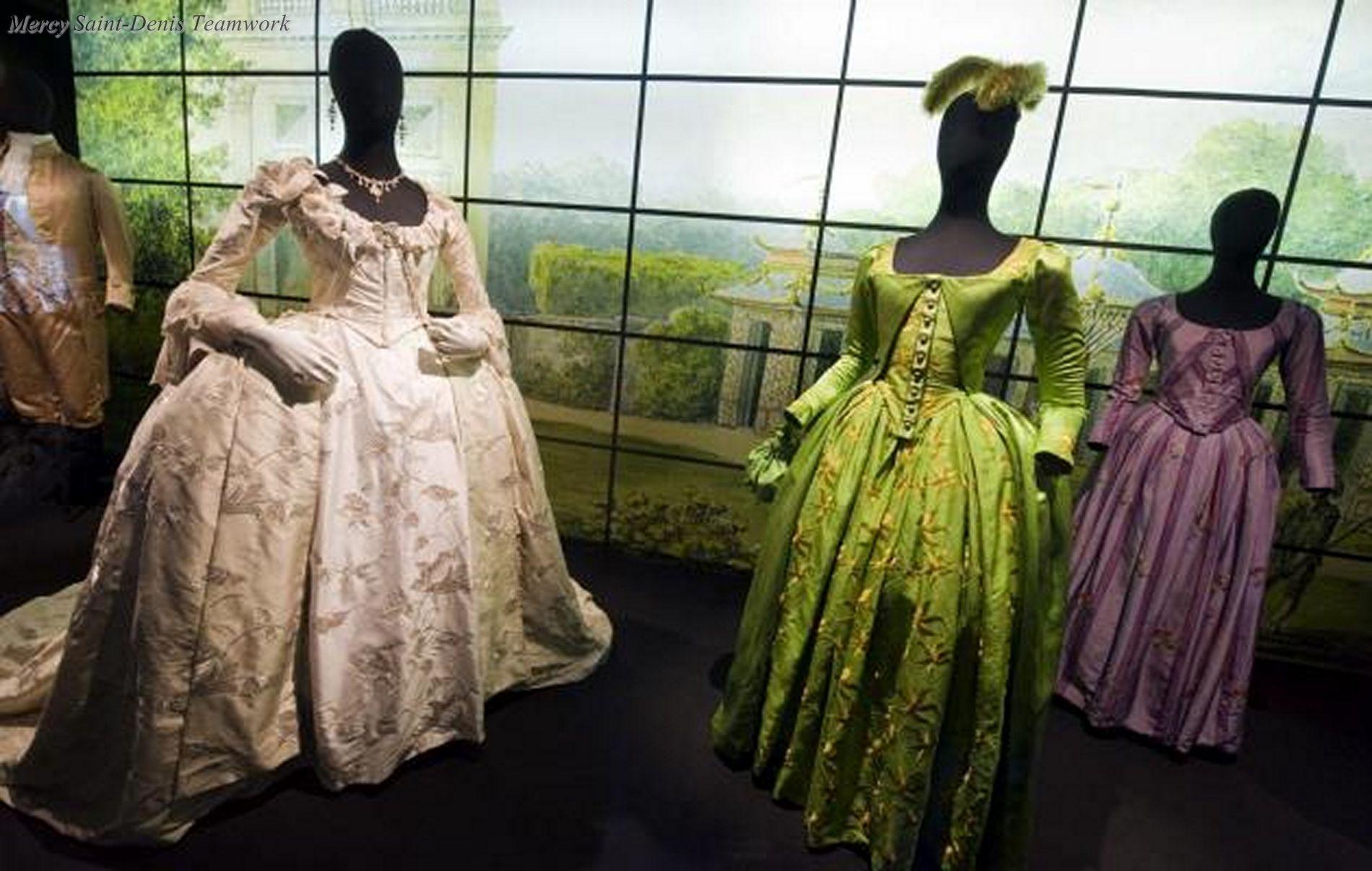 Les adieux a la reine, Benoit Jacquot's. Farewell my Queen (2012).Des costumes de Marie-Antoinette créés par Christian Gasc.