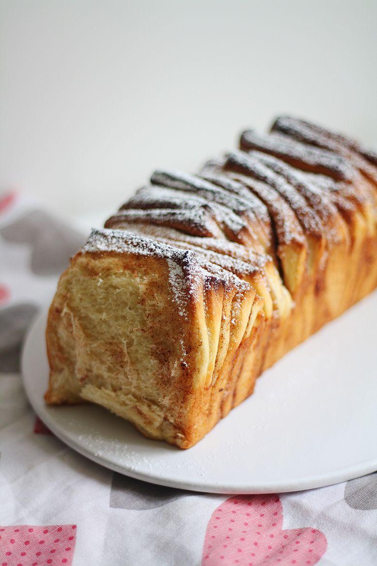 Kanelinen nyhtöpulla // Pull Apart Cinnamon Bun Food & Style Lunni leipoo, Annamari Niemelä Photo Annamari Niemelä, www.maku.fi