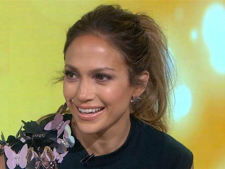 J Lo Shares Her Beauty And Health Secrets Beauty Beauty Videos Beauty Hacks