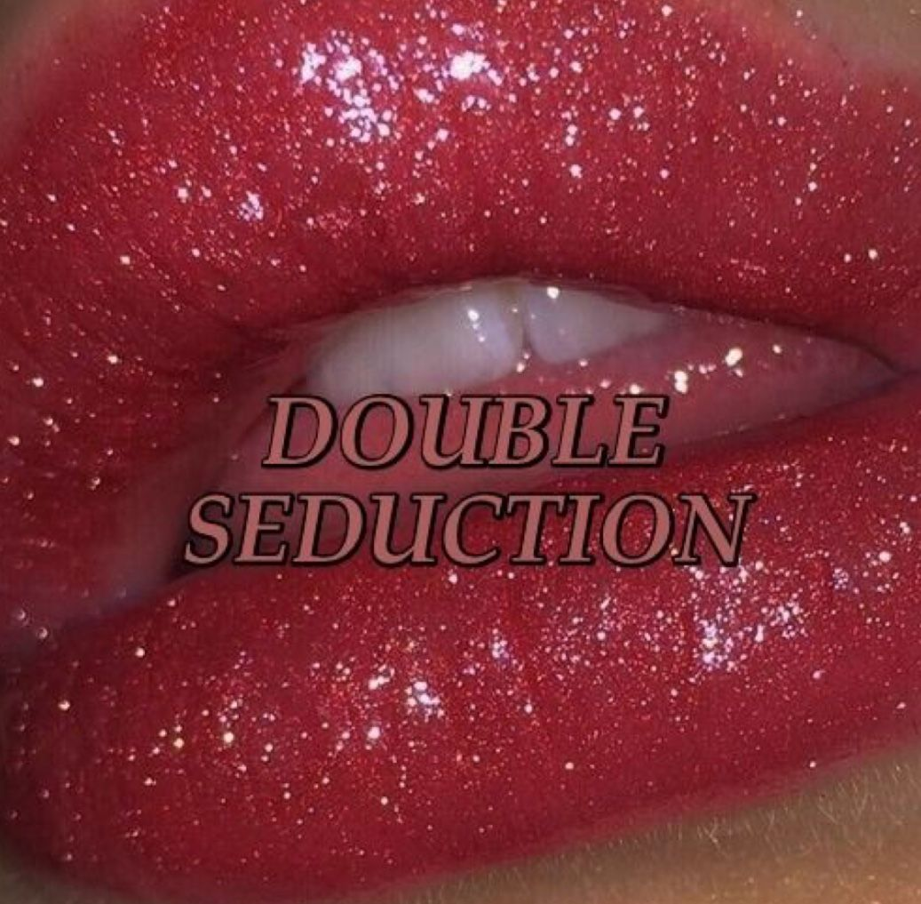 Pin By On So Pretty Pinterest Red Aesthetic Lips And Oc