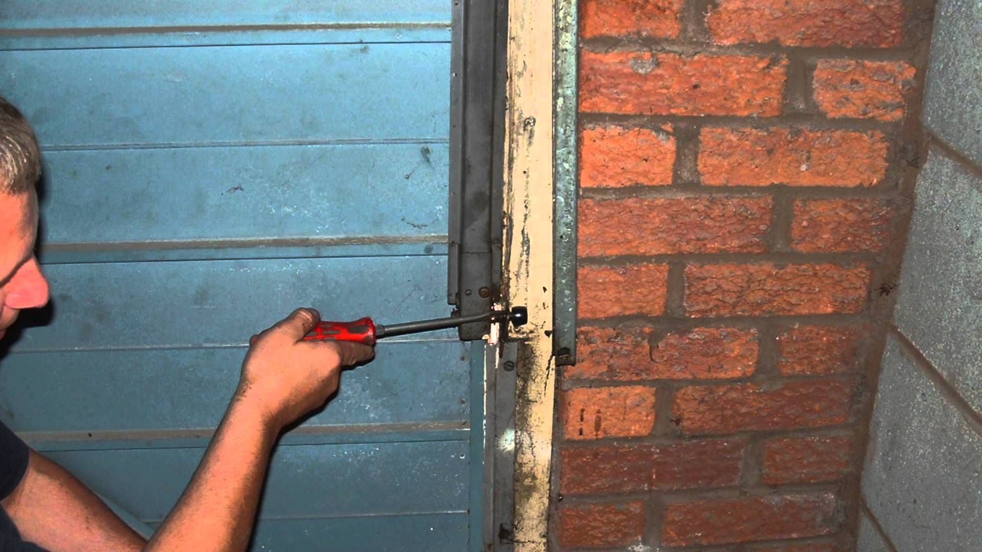 How to replace springs cables on a garador westland mk2 mk3c how to replace springs cables on a garador westland garage door spring box rubansaba