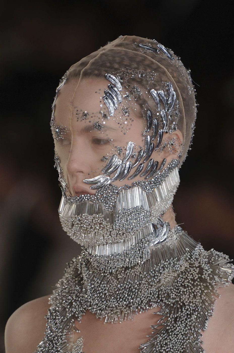 Human Sea Alexander Mcqueen Spring Summer 2012 Beaded Headpiece