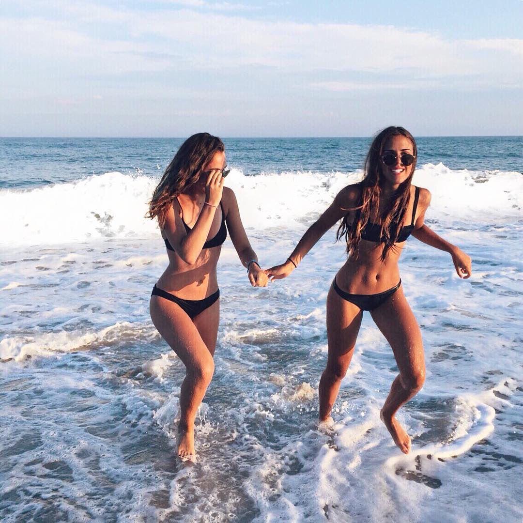 Babes kick ass bikini party pantyhose teasing