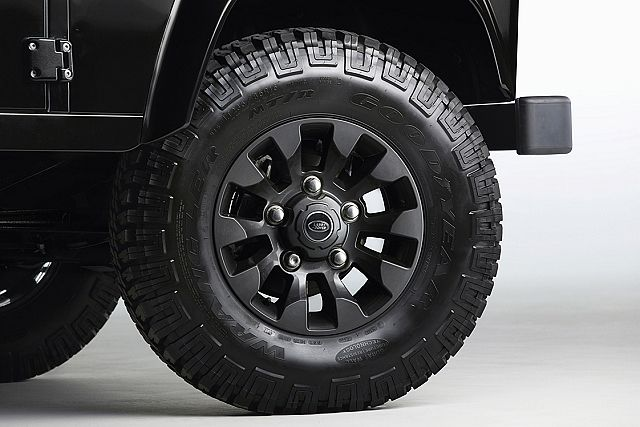 65年來不滅經典,Land Rover為Defender推出LXV Special Edition | 癮車報