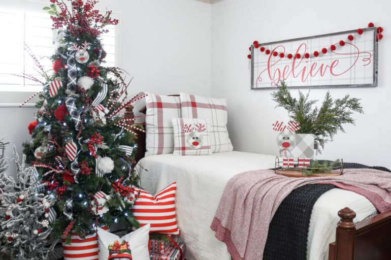 How To Create The Perfect Christmas Tree Topper Start At Home Decor Red Christmas Decor Christmas Decorations Bedroom White Christmas Decor