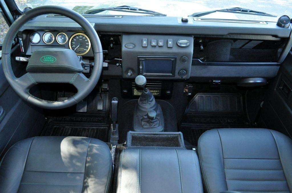 Land Rover Defender Land Rover Defender 110 Td5 Ano 2010 Carros En Venta San Salvador El Salvador Land Rover Defender Land Rover Defender 110 Defender 110