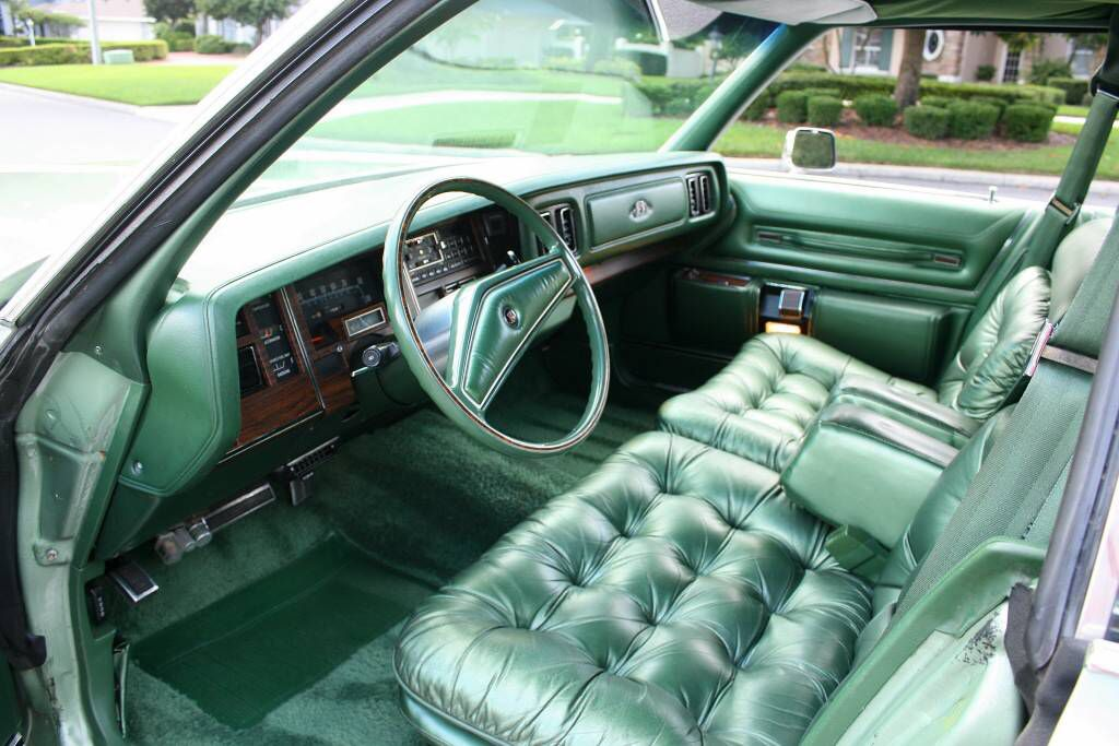 1978 New Yorker Brougham And I D Call This Interior Very Green