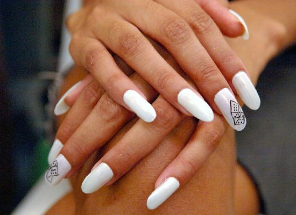 Pin By Jessica Carry1 On Nailsjessie Fake Nails Designs Simple Nail Designs Acrylic Nail Designs Tumblr
