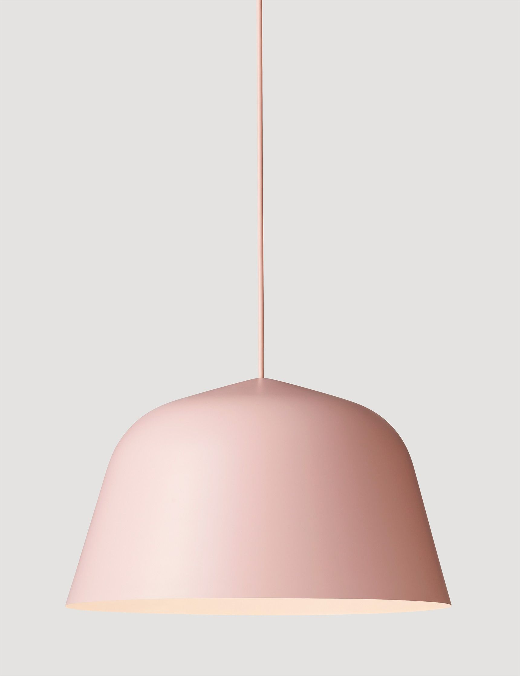 pinned by barefootblogin.com Perfect pink pendant lamp | ELLE Decoration NL