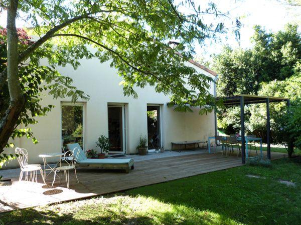 terrasse bois et pergola m tal couture turbulences blog pinterest terrasse bois. Black Bedroom Furniture Sets. Home Design Ideas