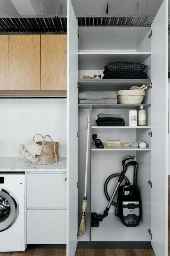 Inspiring Laundry Rooms  #laundryroom #laundryroomideas  #laundryroomstorage #laundryroomcabinets #laundr