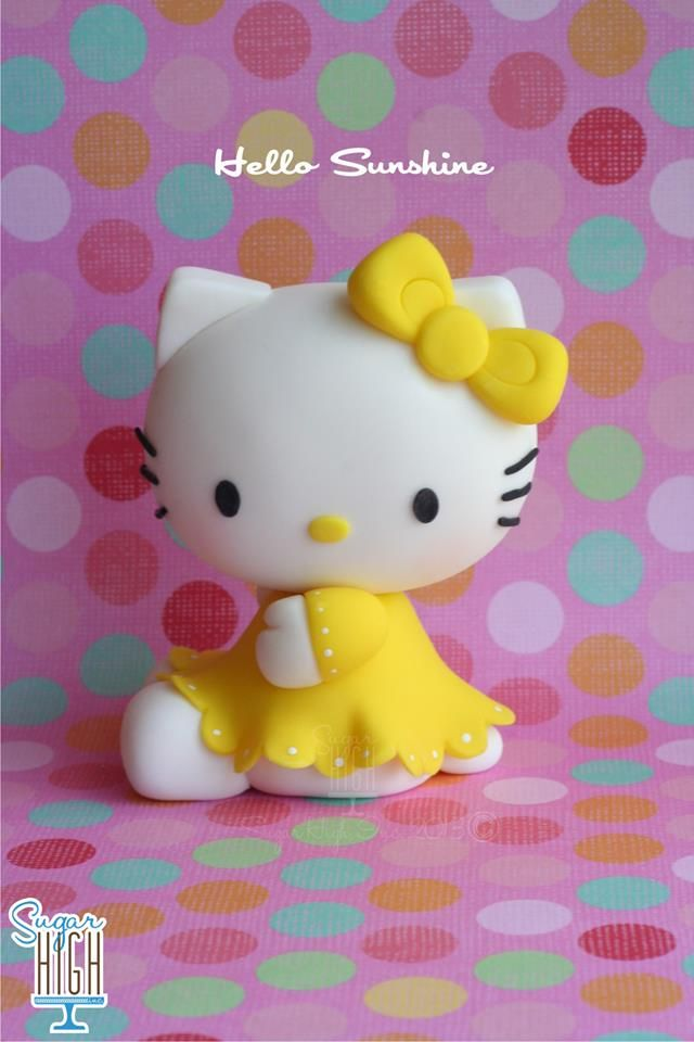 Adorable Hello Kitty Cake Topper looking so sweet We love and