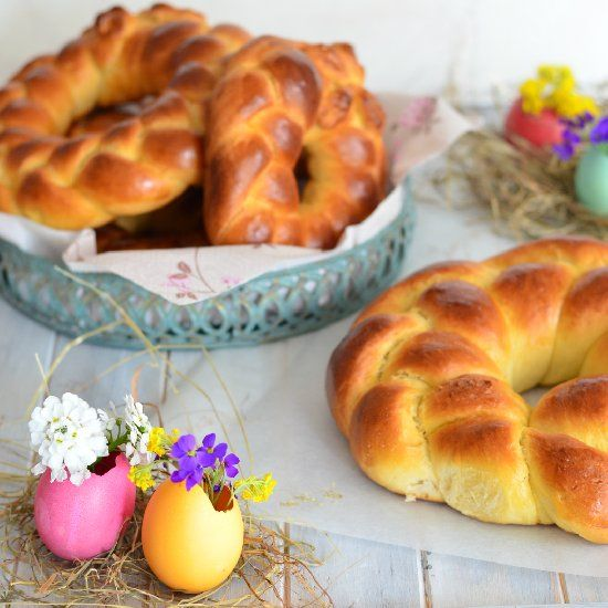 Cuddura – My Southern Italian Family's Traditional Sweet Braided Easter Bread