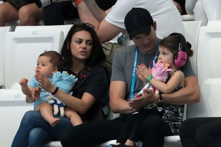 Mila Kunis And Ashton Kutcher Aren T Giving Their Kids Any