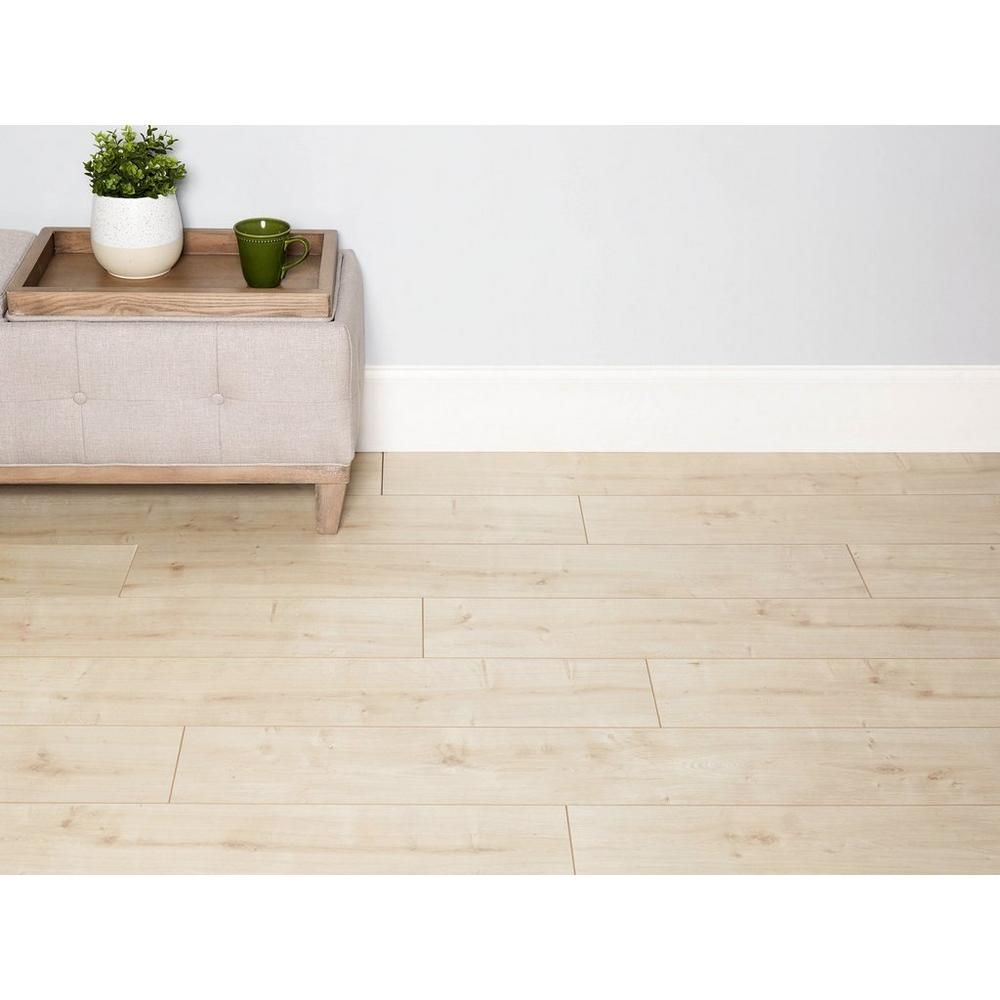 Camarillo Natural Oak Water Resistant Laminate In 2020 Natural Flooring Laminate Flooring