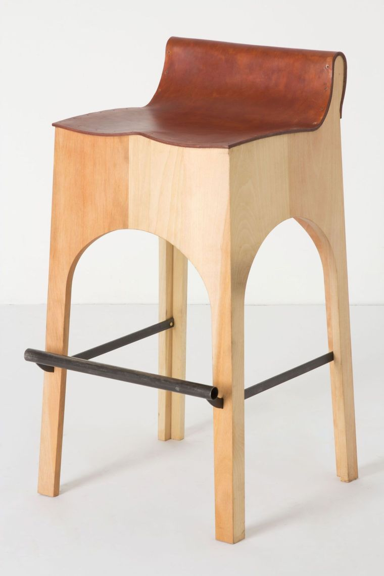 Hocker Küchentheke Un Modèle De Chaise De Bar Moderne En Bois. | Barhocker, Hocker, Barhocker Design