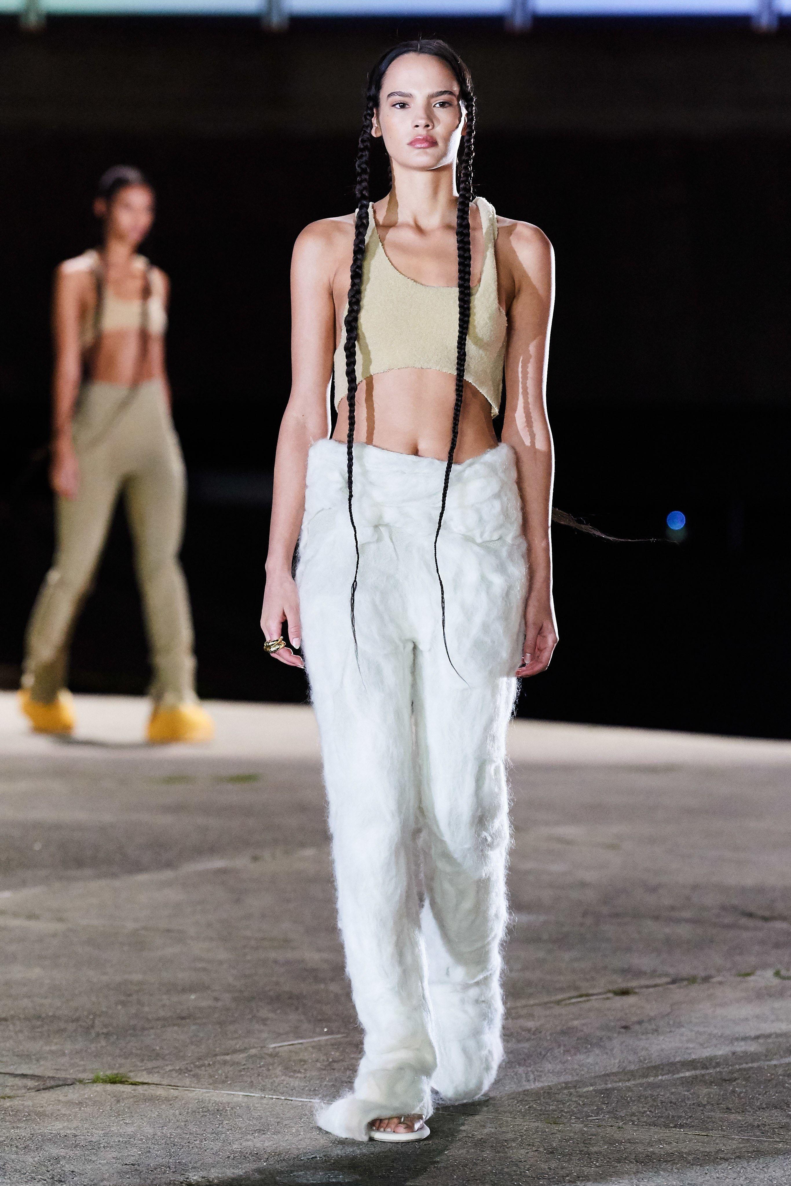 Yeezy Fall 2020 Ready To Wear Fashion Show In 2020 Fashion Fashion Week Crowd Yeezy By Kanye West