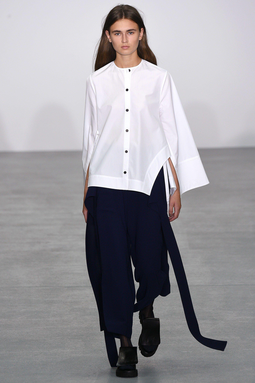 Best 25+ Fashion silhouette ideas on Pinterest ...