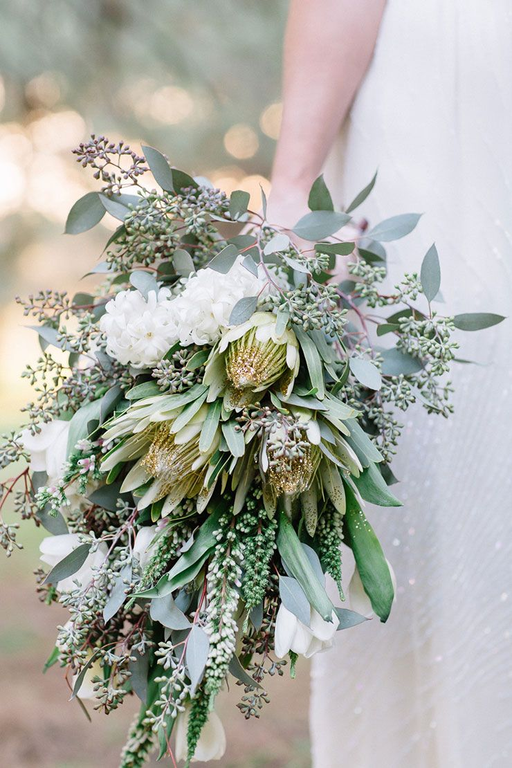 20 Beautiful Wedding Bouquets to Have and to Hold | Gold ...