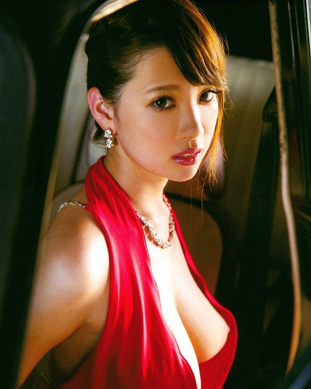 Shion Utsunomiya Nude Photos 48