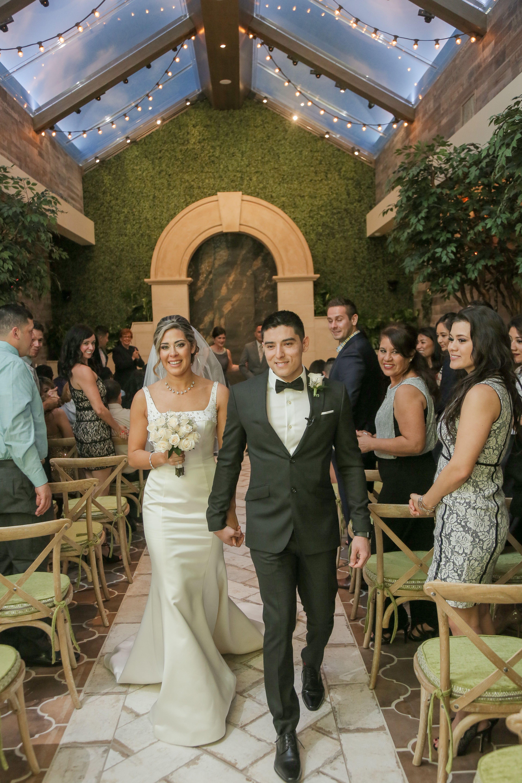 Just Married In Las Vegas Garden Wedding Venue Indoor Chapel Rustic Chic Weddings At Of The Flowers