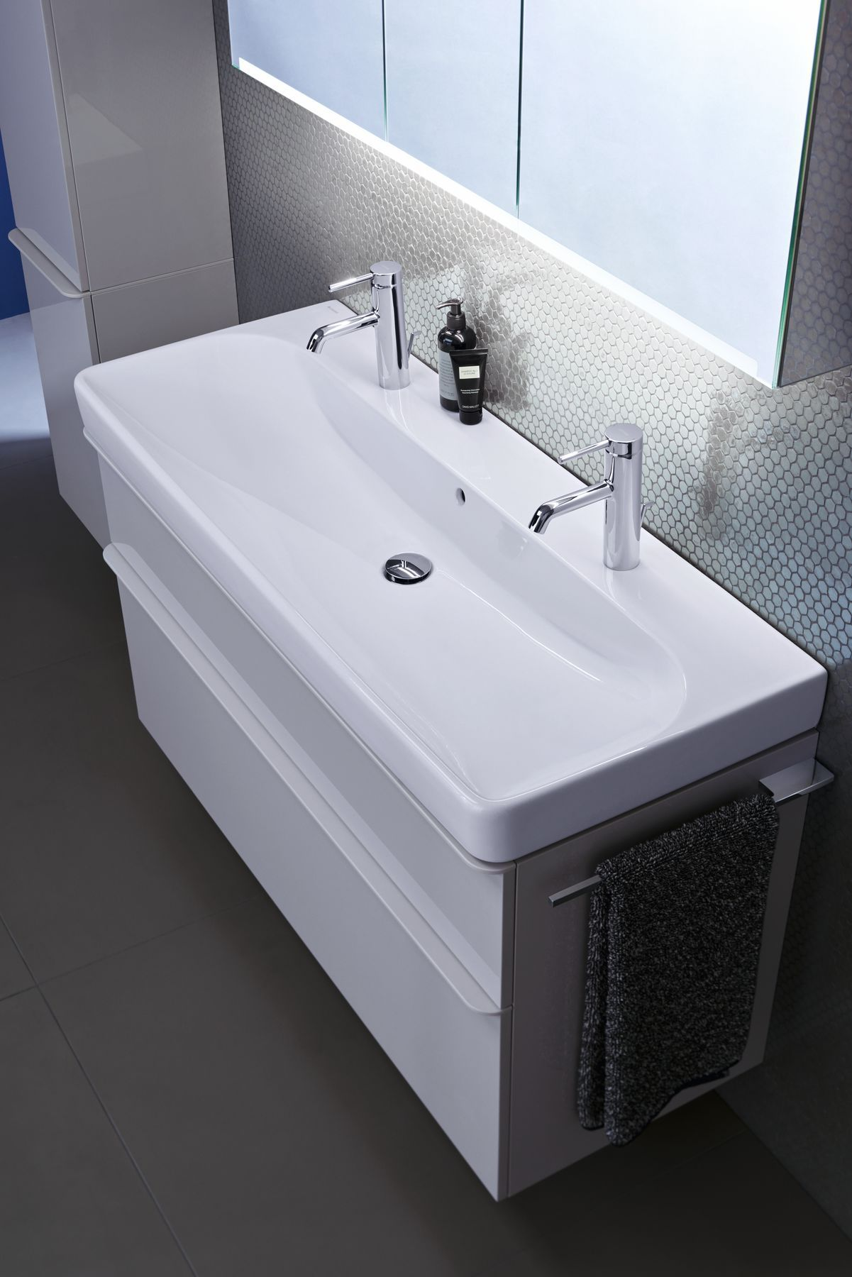 Creating A Minimalist Aesthetic In The Bathroom Makes For The