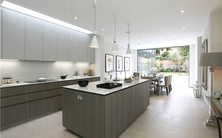 love the strip of natural light above the kitchen units- I have worked on a house in Perrymeade but dont think its thesame one..