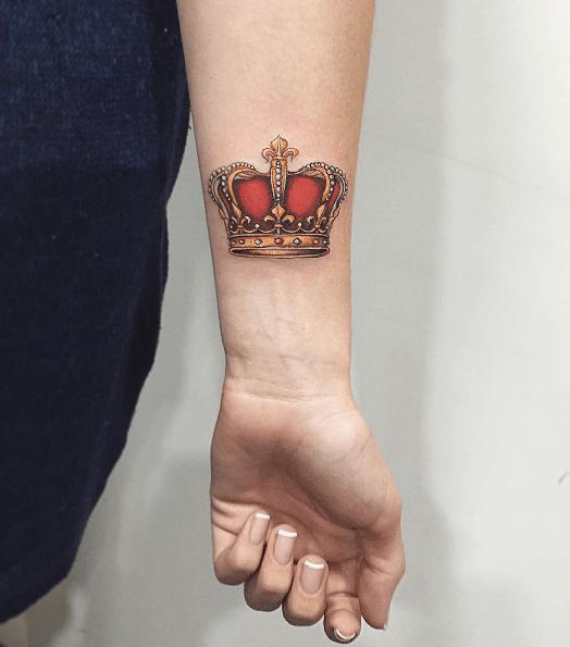 Tatouage Couronne Femme Couleur Bras Tattoo Couple Pinterest