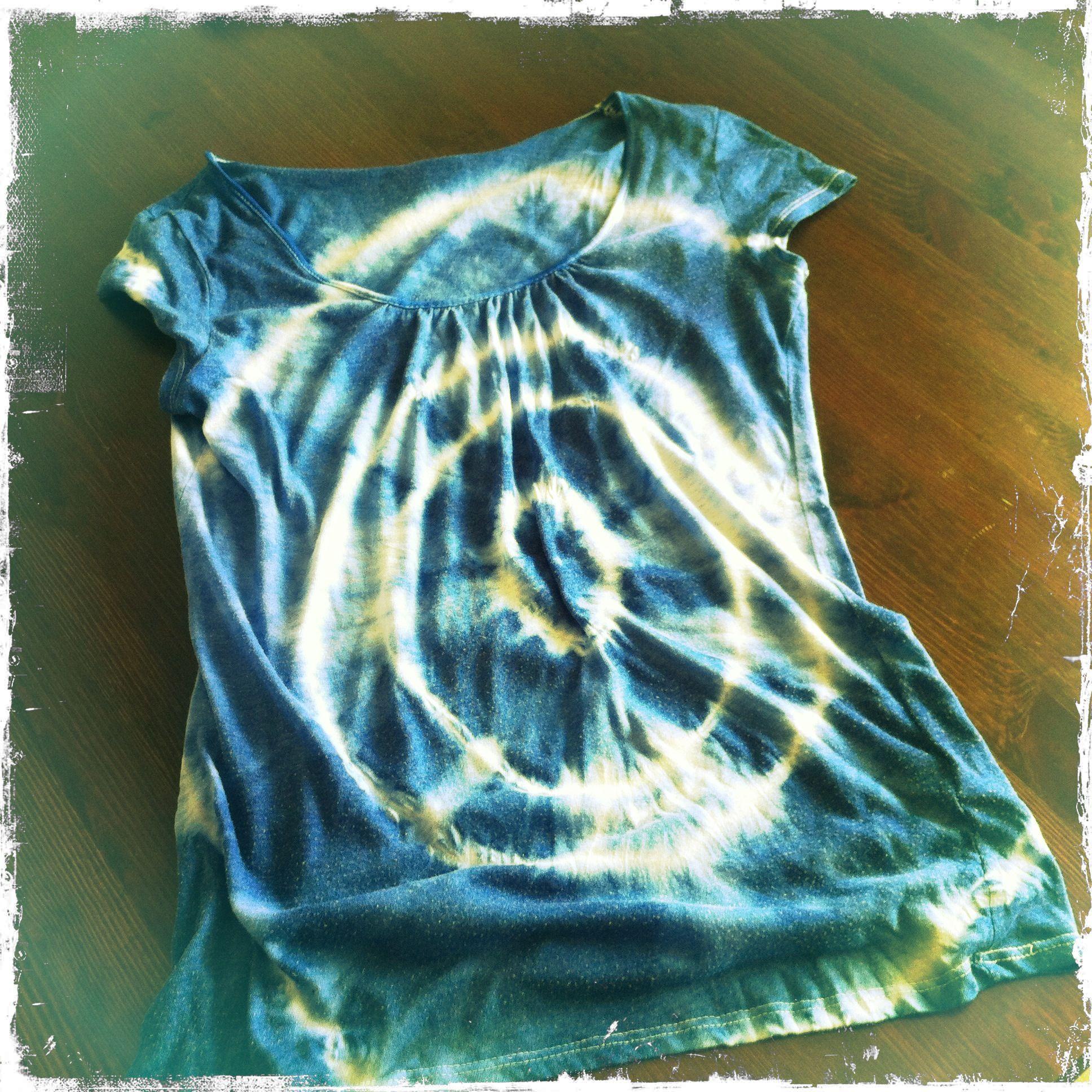 diy batik shirt dye mode pinterest. Black Bedroom Furniture Sets. Home Design Ideas