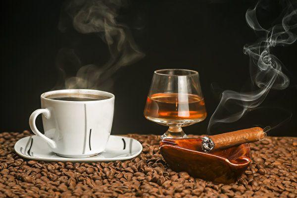Скачать бесплатно фото, картинку с тегами: Сигара Кофе ...
