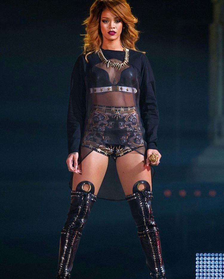 43f3970b4ac1c6 I just lerrrrv Rihanna.