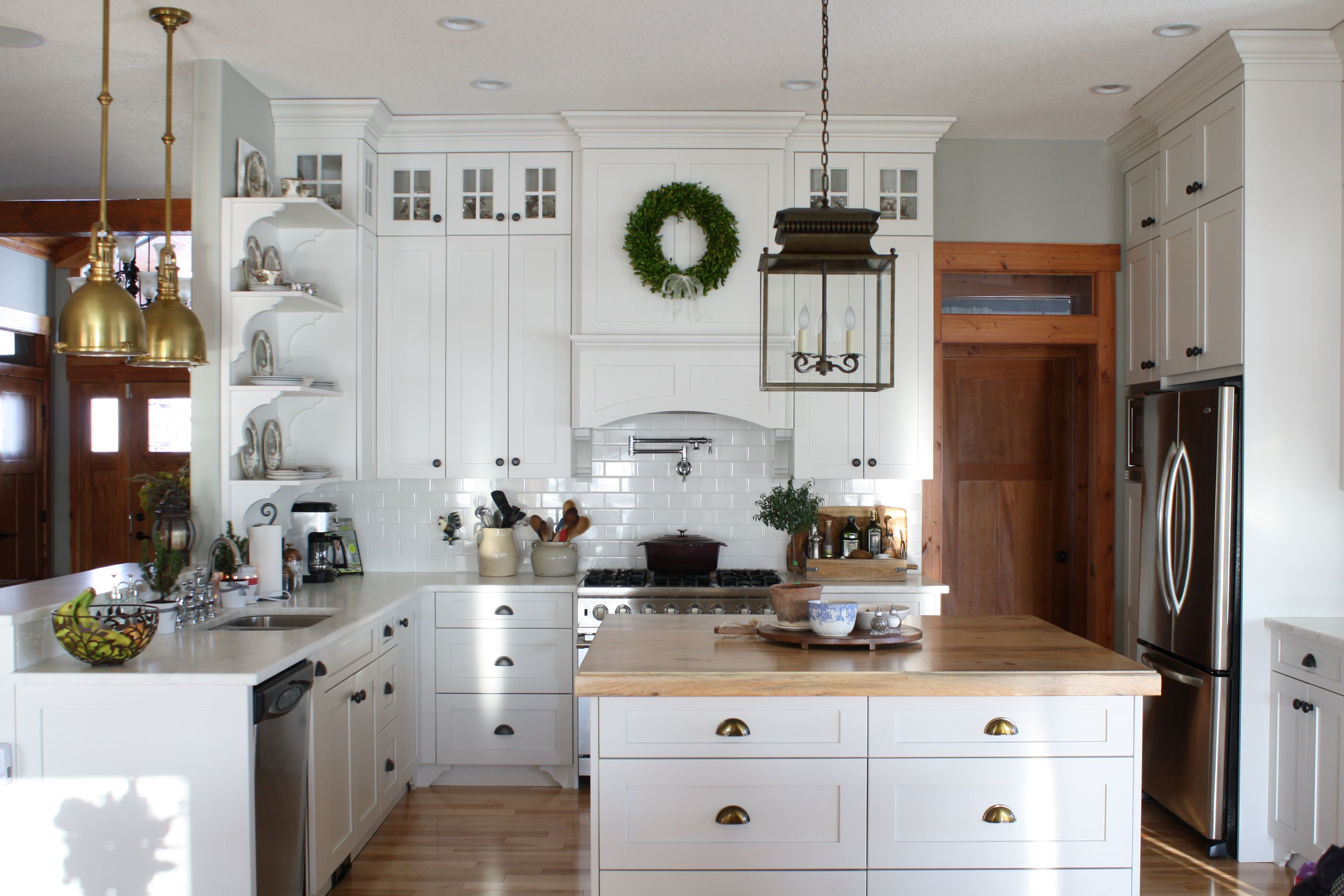Canadian cottage holly mathis interiors kitchen