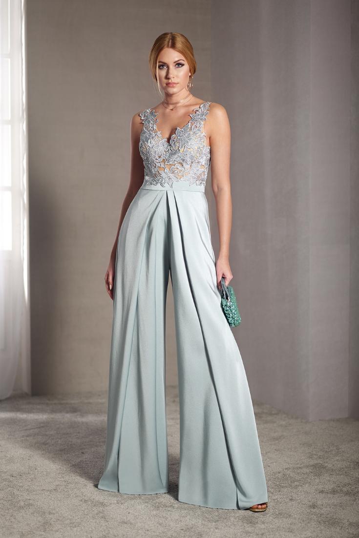 f1e2a01eb035 Descubre los mejores vestidos de fiesta para asistir como invitada a una  boda  bodasnet