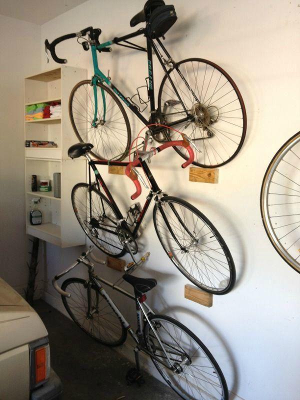 De lunes a domingo c mo guardar tu bicicleta y decorar la pared mientras lo haces ideas para - Guardar bici en piso pequeno ...