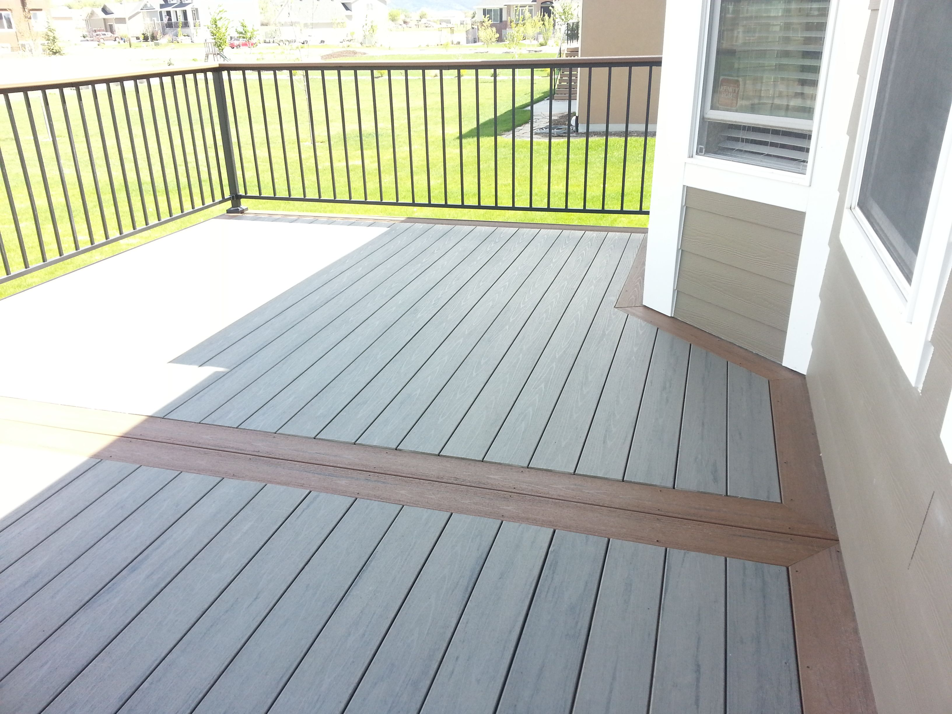 Timbertech 2 Tone Deck With Fortress Railing Building A Deck