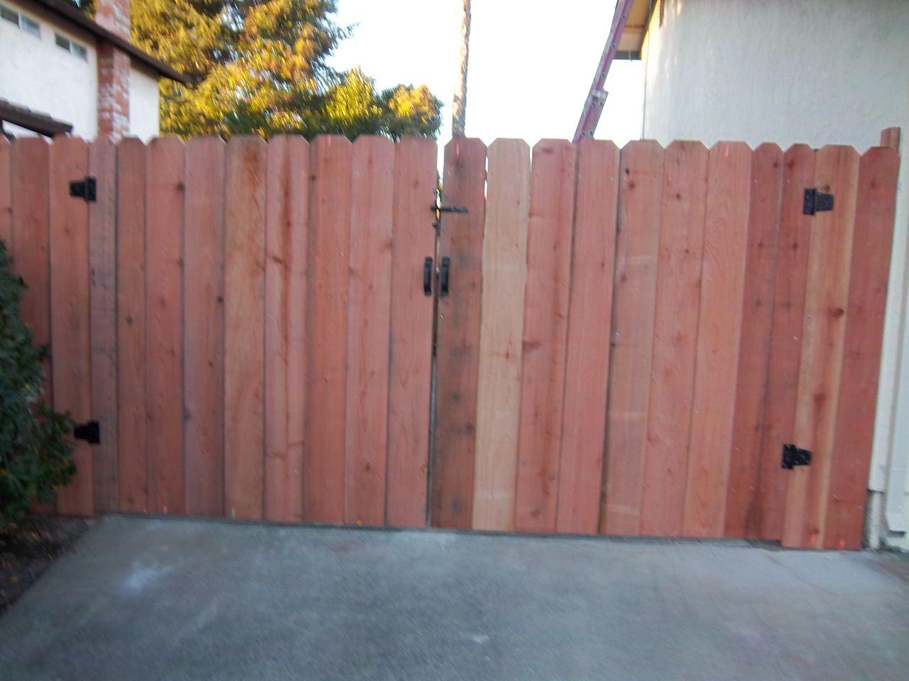 Dog Ear Arbor Fence Inc A Diamond Certified Company Wood Fence Gates Wood Fence Fence Gate