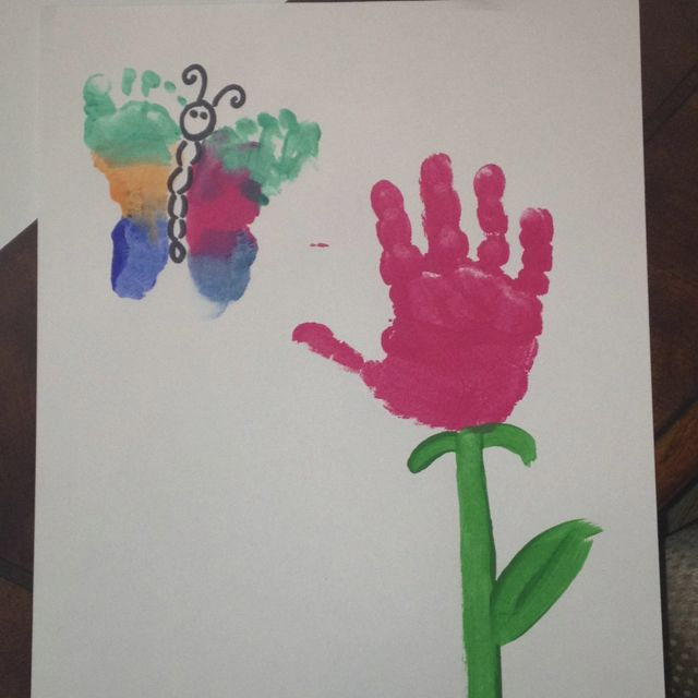 Mother 39 s day hand print flower and butterfly craft for Butterfly hands craft