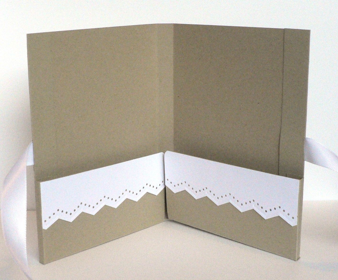 Lil Bit Of Me: Notecard Portfolio / Holder Tutorial (With ...