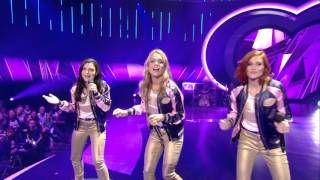 Lauren, Klaasje en Hanne zingen 'De kus van de juf' | K3 zoekt K3 | SBS6 - YouTube