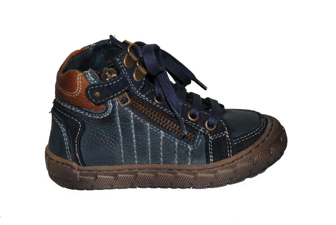 67f3e6ff4c4 #children #shoes Μποτάκι Μούγερ δερμάτινο, μπλε με κορδόνια, φερμουάρ στο  πλάι και ανατομικό πέλμα.