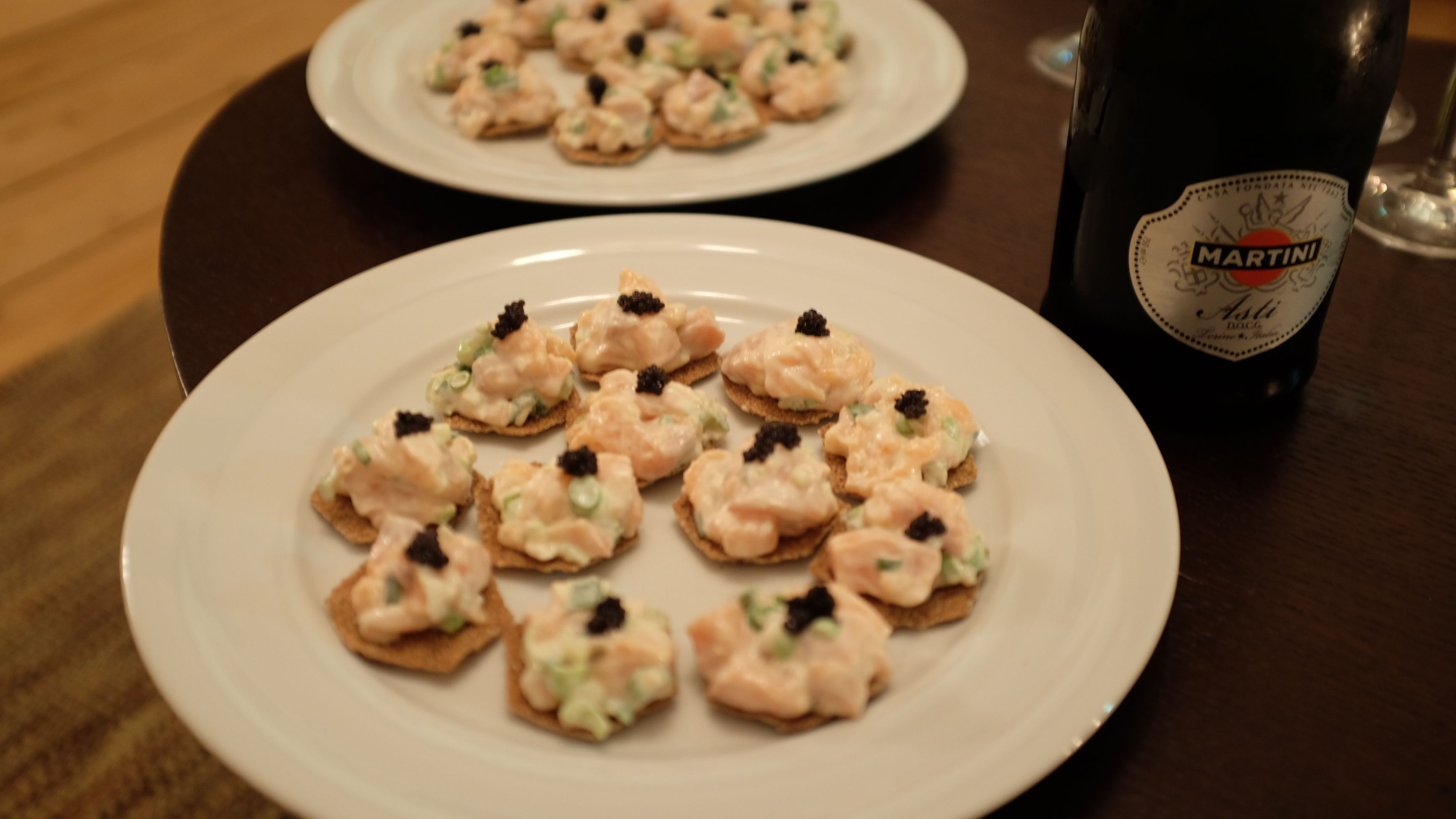 Salmon tartar - Canapes for New Year's Eve