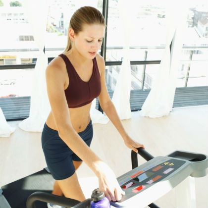 10 ways to burn more calories on a treadmill  weights for