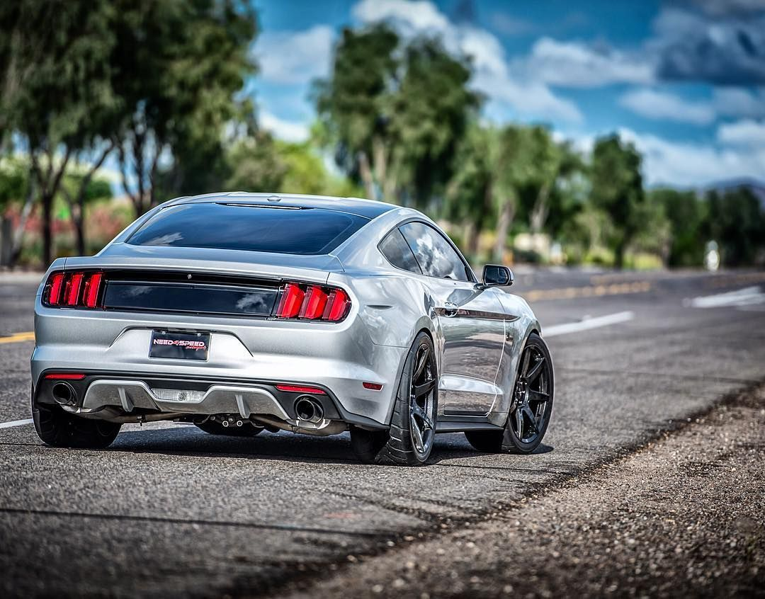 Silver Ford Mustang Gt Roush 2018 With Black Wheels Amazing
