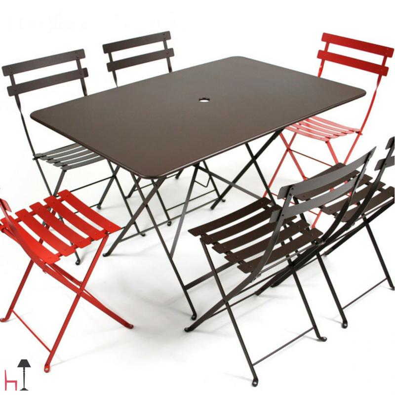 Fermob Mobili Da Giardino.Charming And Functional The Rectangular Bistro Table By